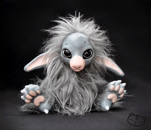 05-Leshky-Lisa-Toms-Maker-of-Mythical-Creatures-and-Pet-Dolls-www-designstack-co