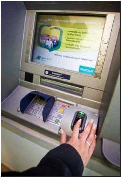 Cajero biometrico instalado en Polonia