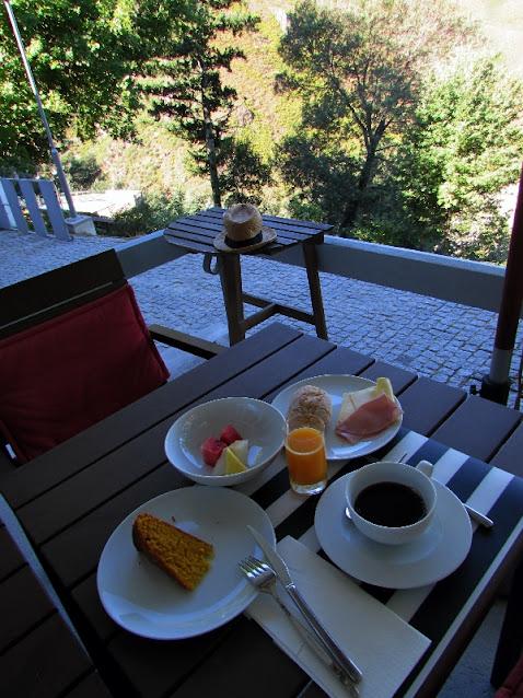 mesa de café da manhã