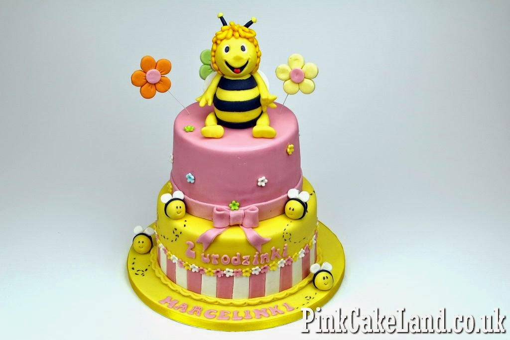 Maya the Bee Birthday Cake, London.