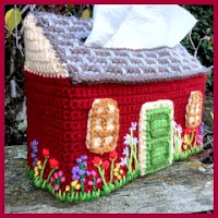Casita para pañuelos a crochet