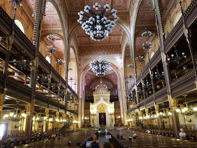 La Gran Sinagoga de Budapest por dentro