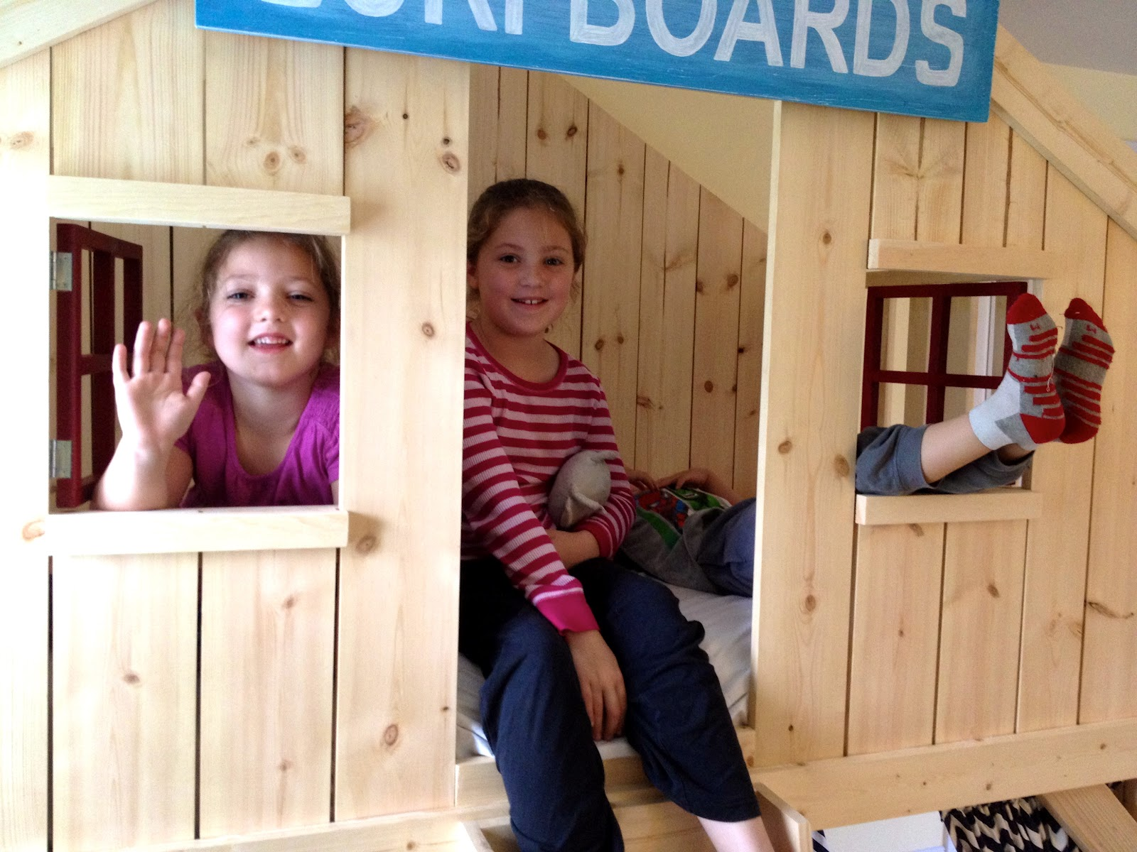 Do It Yourself Home Design: How To Build A Clubhouse Fort Bed