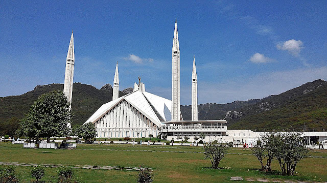 FAISAL MOSQUE BEAUTY FACT HISTORY