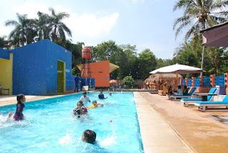 http://www.teluklove.com/2017/03/pesona-keindahan-wisata-kolam-renang.html