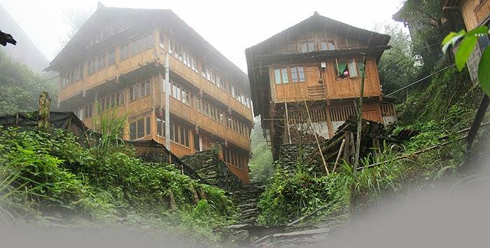 Casas tradicionales del pueblo de Guilin China hechas de madera