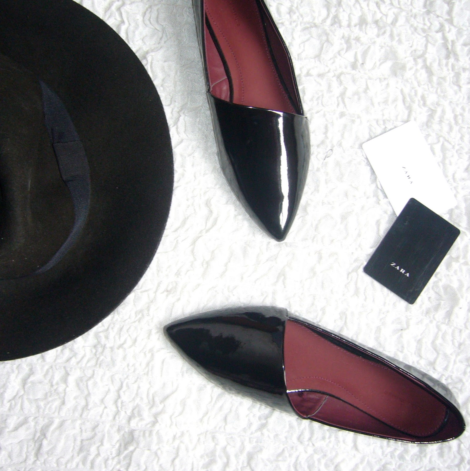 Zara flat black pointed shoes