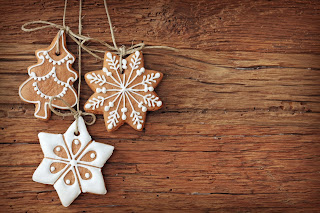 wallpapers_Edible_christmas_tree_wooden-background