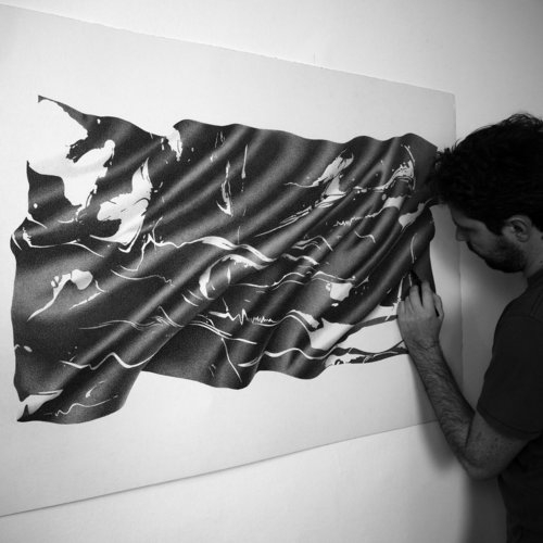 09-Soft-Marble-Alessandro-Paglia-Photo-Like-Black-and-White-Drawings-www-designstack-co
