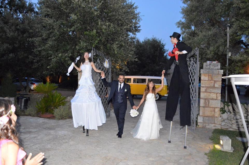 Matrimonio Natalizio Puglia : Trampolieri animazione per matrimonio in puglia artisti di
