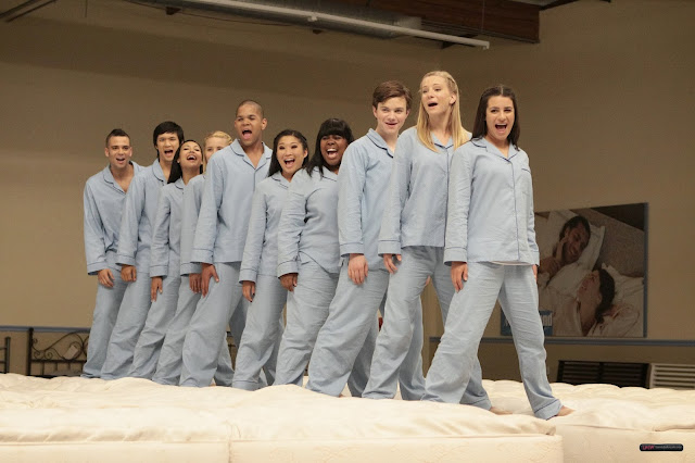 "Recap/review of Glee 1x12 ""Mattress"" by freshfromthe.com"