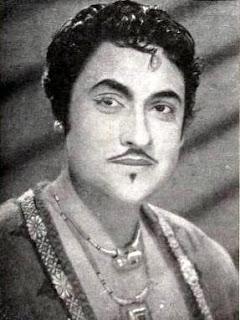 Ashok Kumar in Shikari