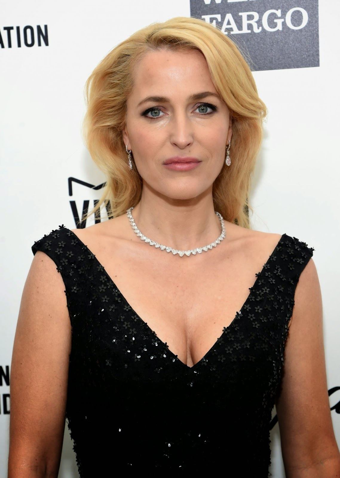 Gillian Anderson – 2015 Elton John AIDS Foundation's Oscar Viewing Party in Hollywood