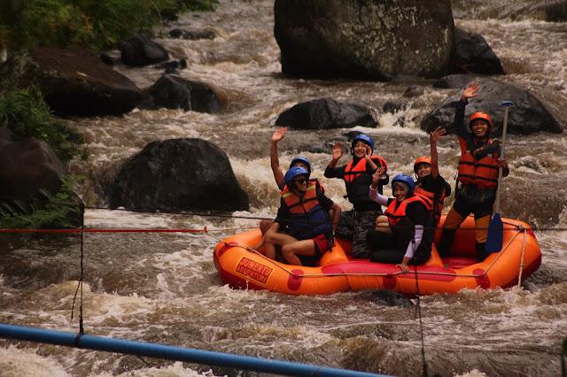 jumerto-rafting