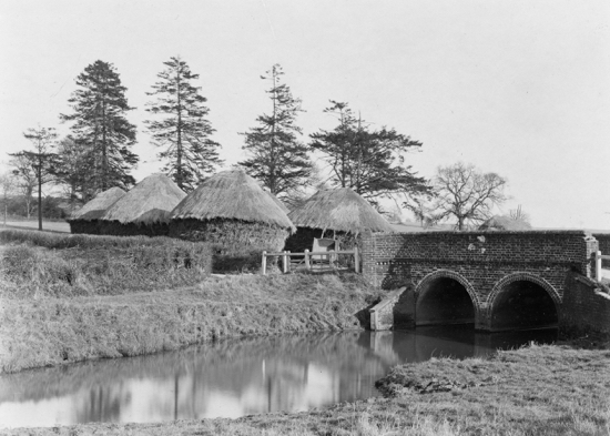 Photograph of Hawkshead Lane bridge at Warrengate over Mimmshall Brook c 1910-15