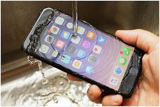 Ponsel keluaran Apple ini yakni versi terbaru yang resmi diluncurkan pada Oktober  Harga Iphone 7 Terupdate dan Spesifikasi Lengkapnya