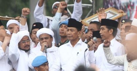 Direktur IPR Sebut Rizieq Memiliki Peluang Besar Jadi Penantang Jokowi di Pilpres 2019