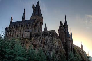 Para hacer invitaciones, tarjetas, marcos de fotos o etiquetas, para imprimir gratis de Casas de Hogwarts, Harry Potter.