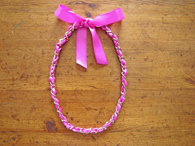 Stunning ribbon necklace buatan sendiri