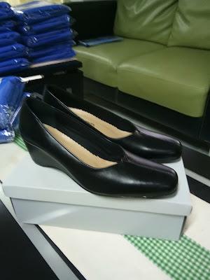 Sepatu Kulit Jalasenastri