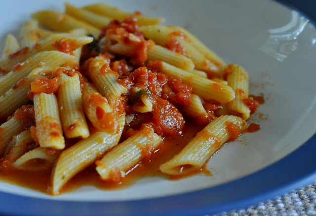 Spicy-Penne-all-Arrabbiata-tasteasyougo.com