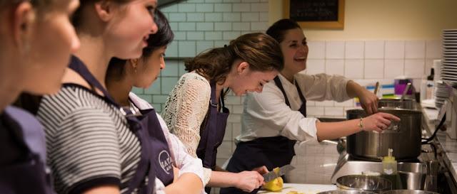 Ingressos para aula de culinária e compras no mercado florentino