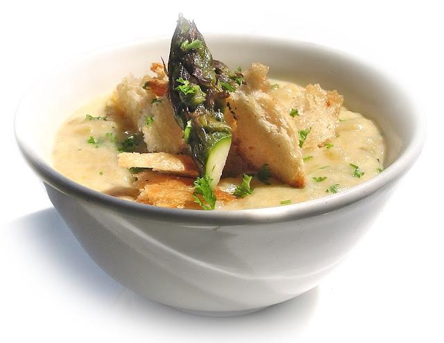 asparagus-soup-recipe-suzy-bowler