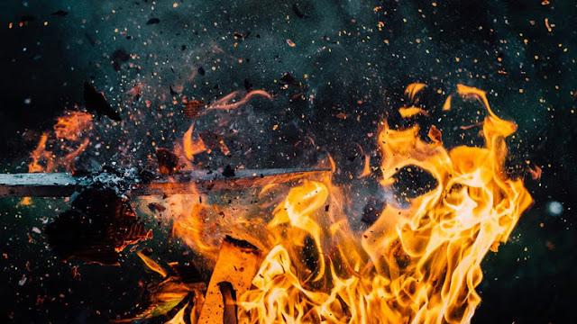 Incendian una mezquita cerca de Mánchester en posible represalia por el atentado