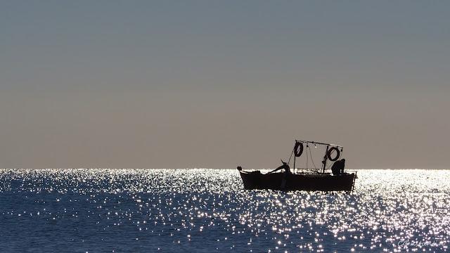 Lido di Ostia -pescarul meu (cu gândul la Fan Ho) - blog FOTO-IDEEA