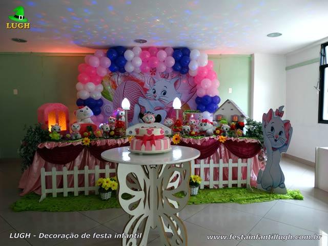 Mesa decorada para aniversário de 1 ano - Decoração de festa Gata Marie luxo