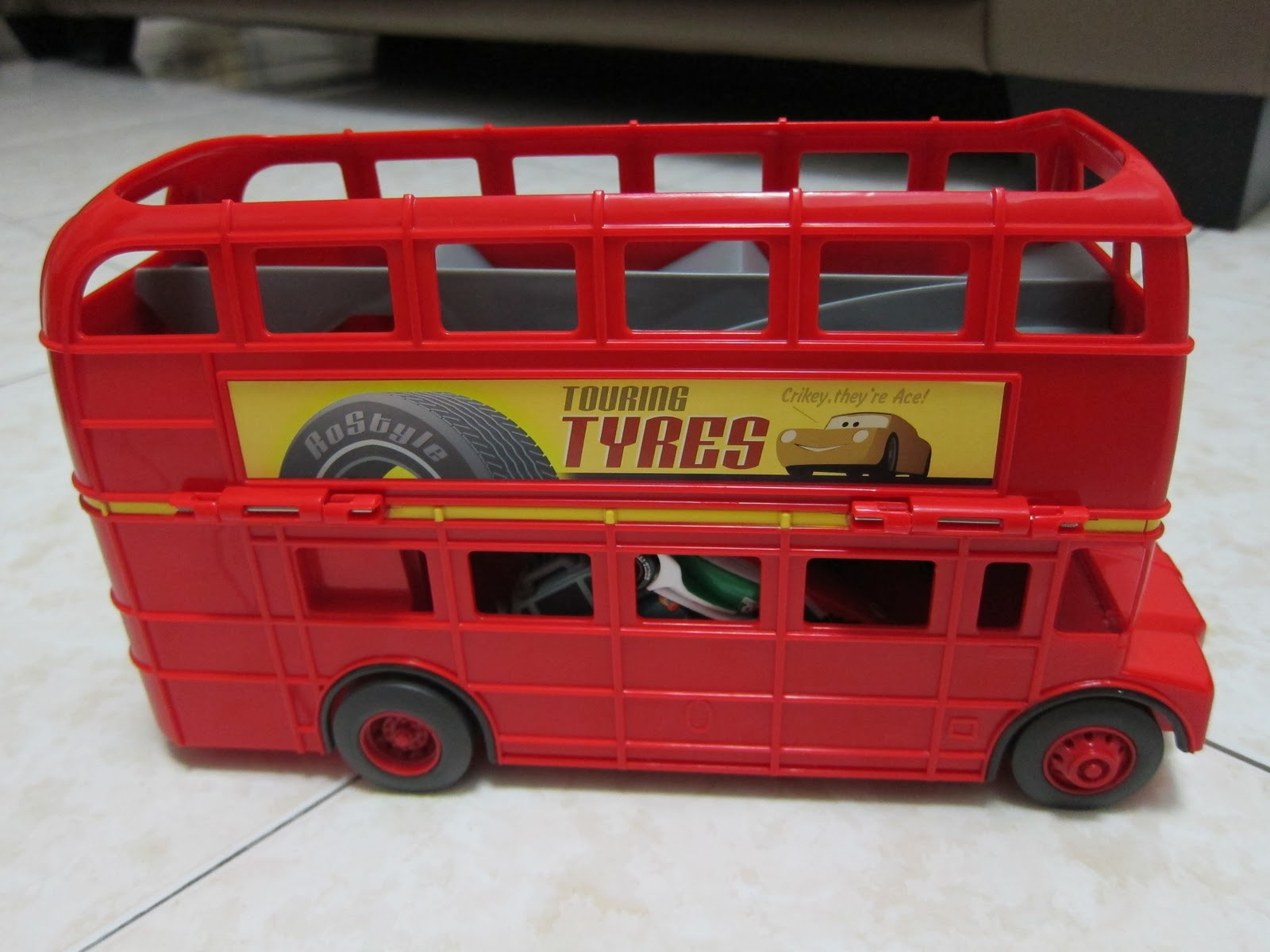 Ben Ben's Blog: My favourite toy as at today - Cars 2