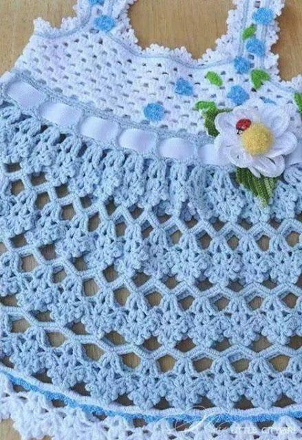 Patrón 941 Vestido de Bebe a Crochet