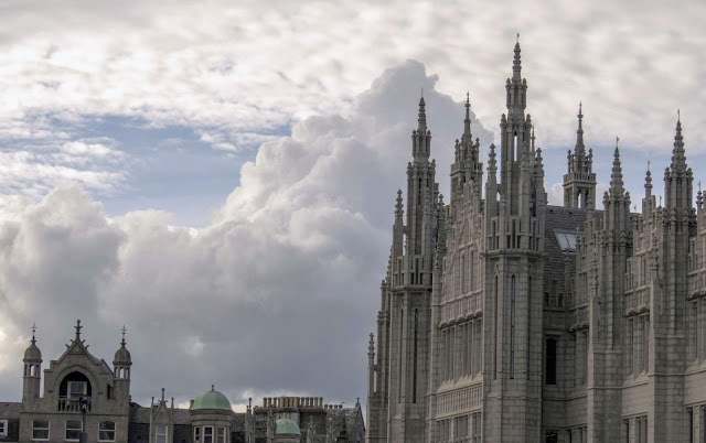 What to do in Aberdeen Scotland: Check out the architecture of the Granite City typified by Marischal College