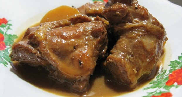 Culinary Menu curry dishes CHICKEN POTATO WELLS First BALI REMPAH