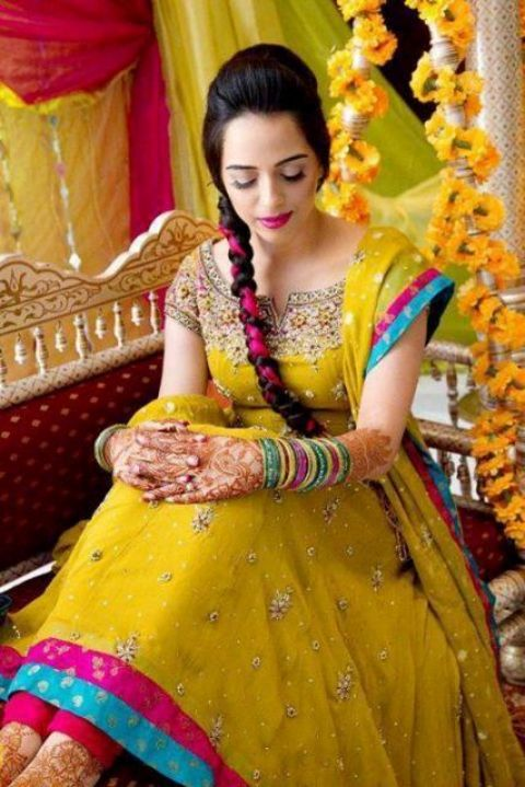 wedding and brides latest girls mehndi function bridal wears
