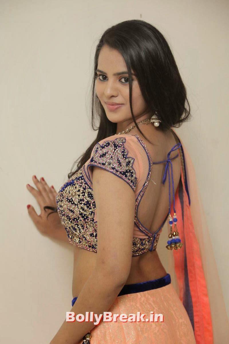 Manasa Wallpapers, Actress Manasa hot Photos in Backless Choli & Lehenga