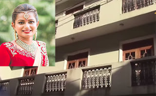 Lover who was angered over breaking up dual romance and murdered Kottawa girl had come previous night and hid in balcony!