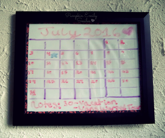 Simple DIY Frame Calendar