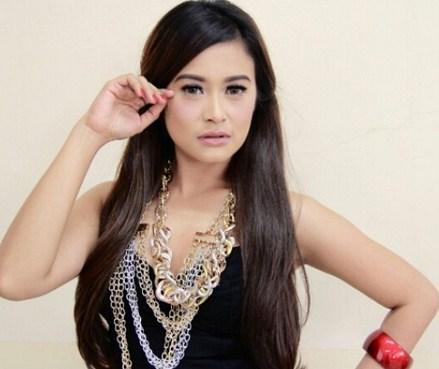 Kumpulan Full Album Lagu Maya Maesa mp3 Terbaru dan Terlengkap