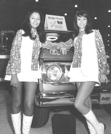 Photos Of Chicago Car Shows From The 1960s 1970s Vintage