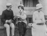 """Кадр из фильма Чарли Чаплина """"Лечение"""" (1917) - 2"""