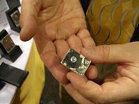 L'hard disk più piccolo del mondo: salva i dati sui singoli atomi
