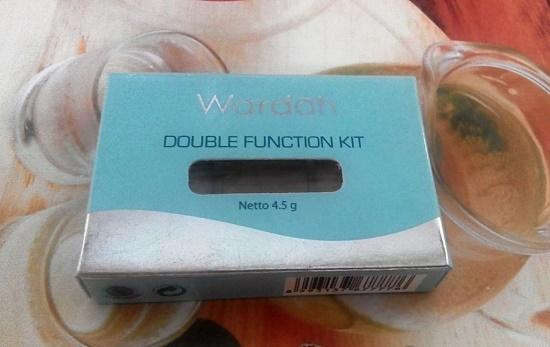Fungsi Ganda Wardah Double Function Kit: Concelar dan juga Eyesahdow Base