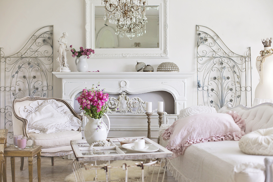 Romantic Elegant Styling Tips And Seasonal Changes