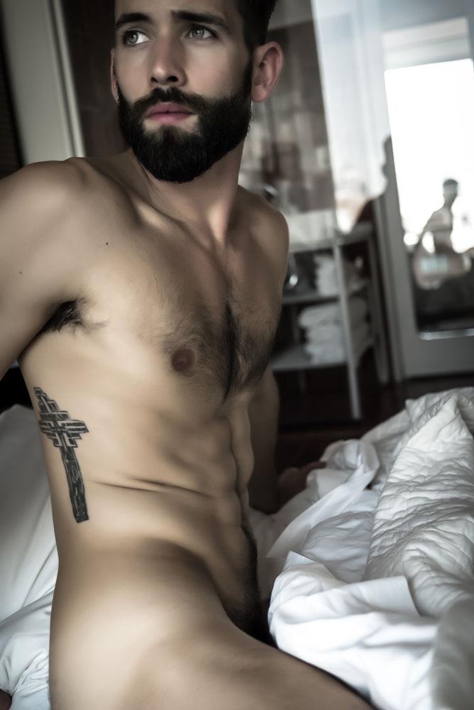 Long beard man nude photos gomez masterbaiting pussy