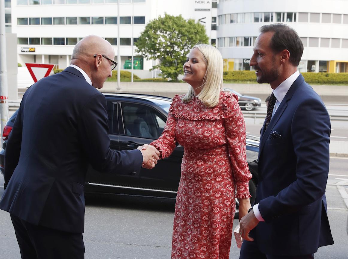 Наследная пара Норвегии посетила празднование юбилея страховой компании