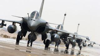 Η Γαλλία σε πλήρη ετοιμότητα για επέμβαση στη Συρία κατά του Άσαντ μαζί με τους Αμερικανούς