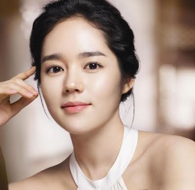 Han Ga In Wanita Korea Tercantik dan Seksi