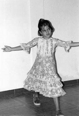 flamenca, sara salamo, pequeña, actriz, española, tenerife, canaria,