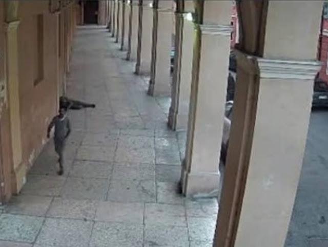 """بعد شهور من البحث الشرطة الإيطالية توقف المتهم الحقيقي بقتل مهاجر مغربي ب """"ريجيو إيميليا"""""""